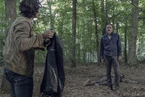 Jeffrey Dean 摩根 as Negan in 10x05 'What It Always Is'