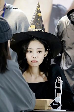 Jennie x Olens Fansign