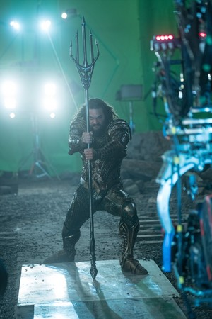 Justice League (2017) Behind the Scenes - Jason Momoa