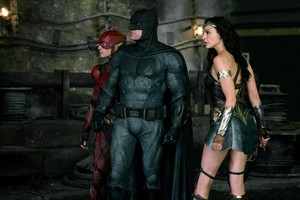 Justice League (2017) Still - The Flash, Бэтмен and Wonder Woman