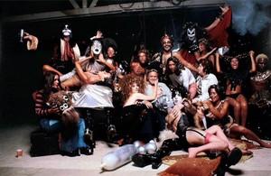 キッス ~August 18, 1974 (Hotter Than Hell Photoshoot)