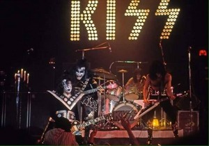 Kiss ~Detroit, Michigan...September 28, 1974 (Michigan Palace)