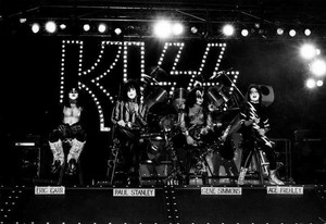 Kiss ~Hollywood, California...October 28, 1982 (Creatures of the Night Tour)