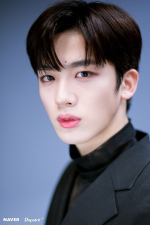 "Kim Yohan ""FLASH"" promotion photoshoot দ্বারা Naver x Dispatch"
