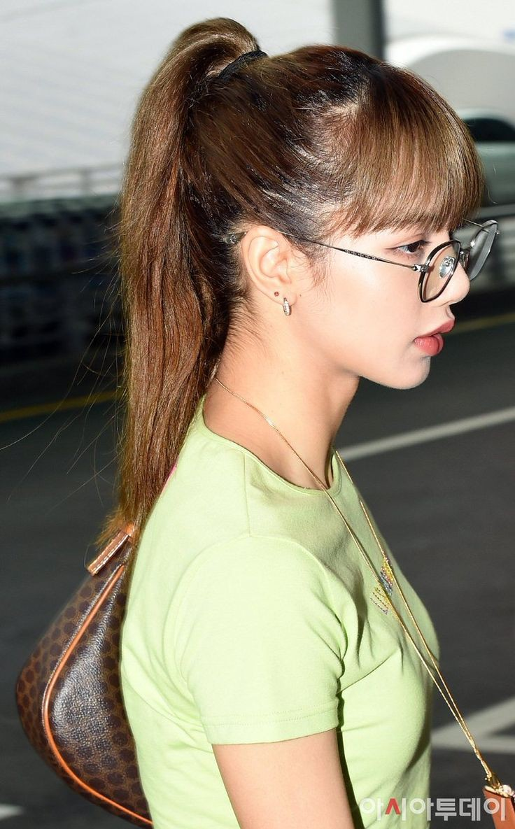 Lisa at Incheon Intl. Airport Heading to Thailand for AIS Anniversary Event  - Black Pink Photo (43084490) - Fanpop