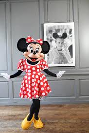 Minnie In लंडन For Fashion Week