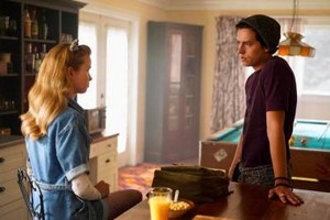 Promotional still of  Riverdale Season 4, episode 4x01, Chapter Fifty-Eight: In Memoriam —