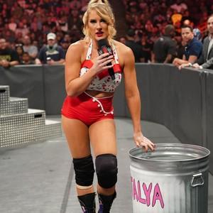 Raw 10/7/19 ~ Lacey Evans vs Natalya (Last Woman Standing)