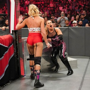 Raw 10/7/19 ~ Lacey Evans vs Natalya (Last Woman Standing)