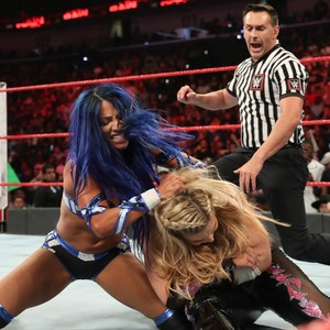 Raw 8/26/19 ~ Sasha Banks vs Natalya