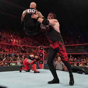 Raw 9/16/19 ~ Robert Roode vs Seth Rollins