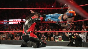 Raw 9/23/19 ~ Fatal 5-Way Match