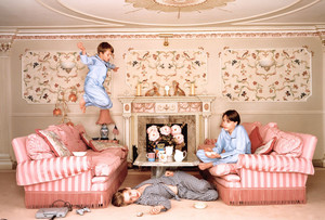 Rory, Macaulay and Kieran Culkin - Vanity Fair Photoshoot - 2001