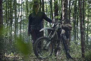 Season 10 ~ First Look ~ Daryl
