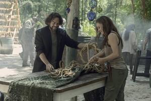 Season 10 ~ First Look ~ Luke and Jules