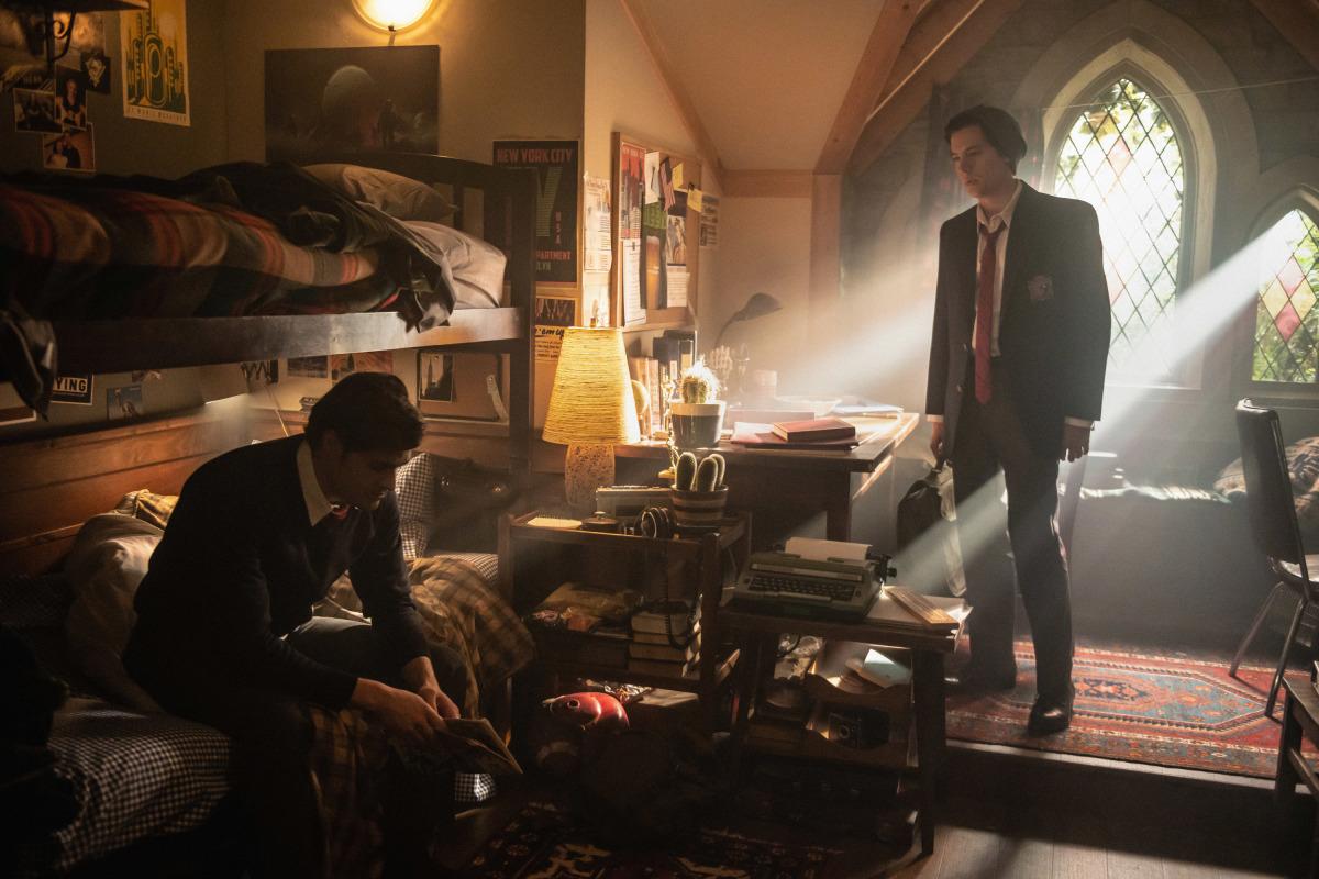 """Season 4, Episode 4 — """"Chapter Sixty-One: Halloween"""""""