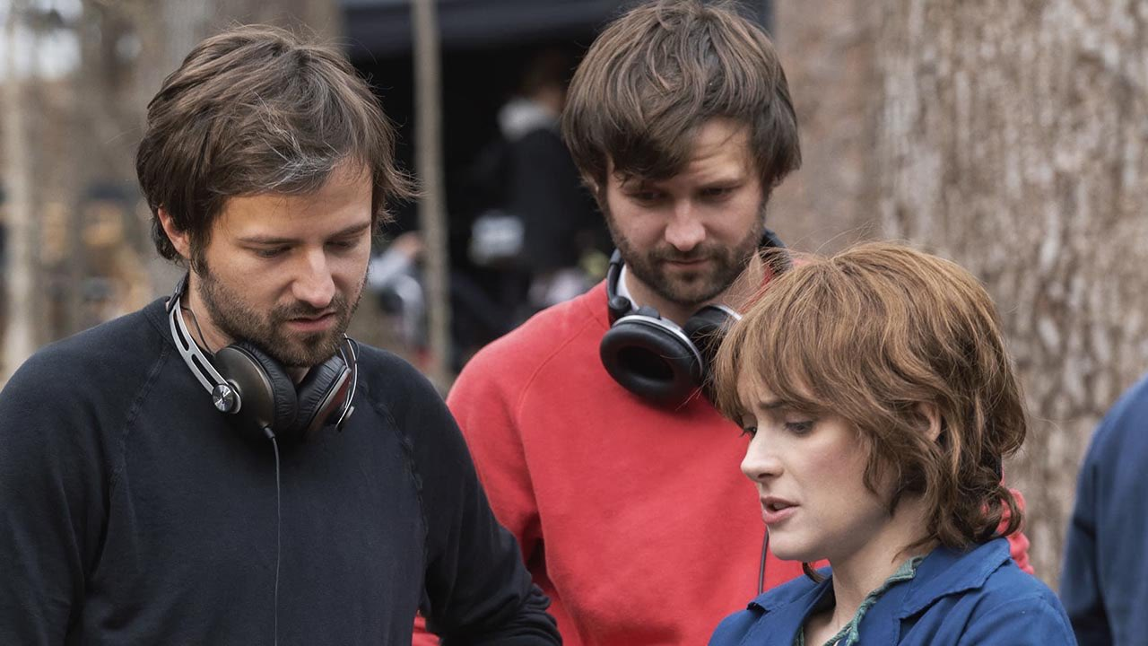 Stranger Things - Behind the Scenes - The Duffer Brothers and Winona Ryder