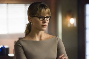 Supergirl - Episode 5.02 - Stranger Beside Me - Promo Pics