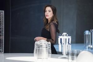 Supergirl - Episode 5.02 - Stranger Beside Me - Promo Pics
