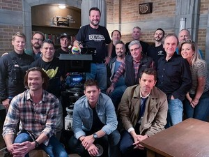 Supernatural - Season 15 Cast and Crew - Behind the Scenes