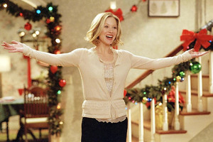 Surviving Christmas (2004) Still