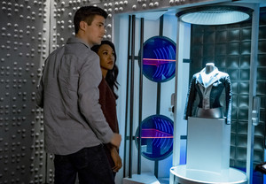 "The Flash 6.01 ""Into the Void"" (New) Promotional imágenes ⚡️"