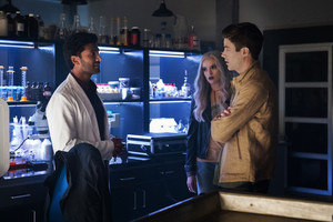 "The Flash 6.03 ""Dead Man Running"" Promotional imagens ⚡️"