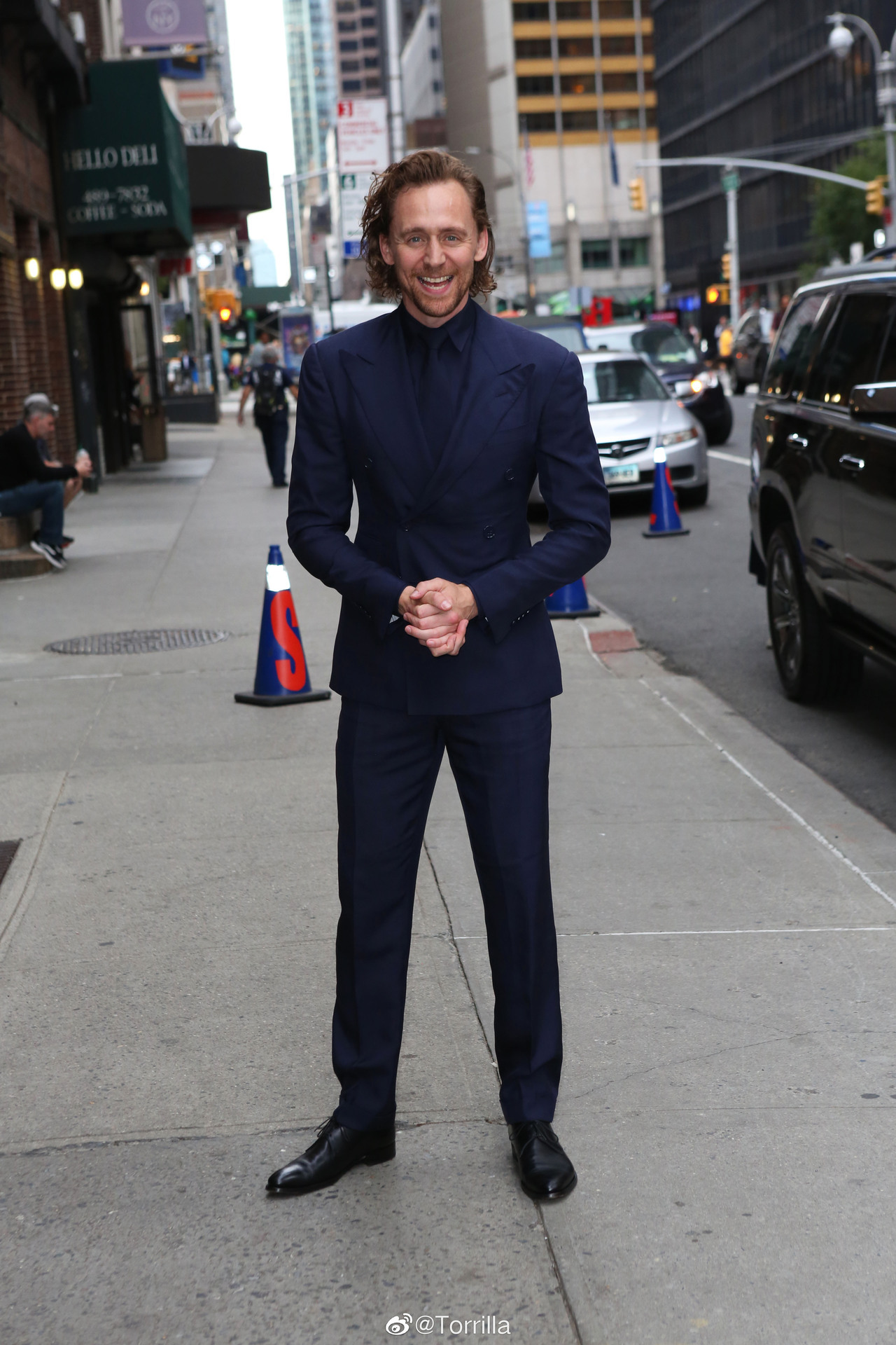 Tom Hiddleston at the Late show with Stephen Colbert September 16, 2019