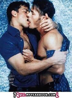 Two Guys French キス