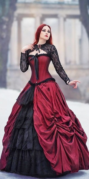 Victorian gowns❤️🌸👗