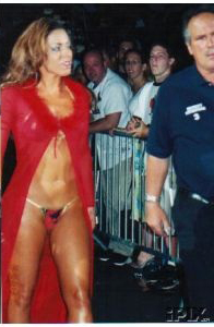 red and सोना Bikini
