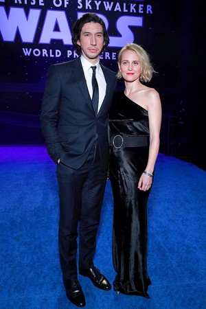 Adam Driver and Joanne Tucker - premiere of estrela Wars: The Rise Of Skywalker - December 16, 2019