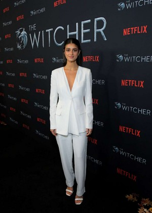 Anya Chalotra The Witcher Season 1 Photocall 01