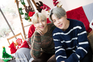 BTS natal photoshoot oleh Naver x Dispatch