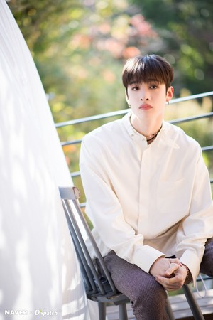 Bang Chan - Clé: Levanter Promotion Photoshoot sa pamamagitan ng Naver x Dispatch