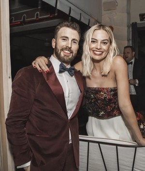 Chris Evans and Margot Robbie - 77th Golden Globes - January 6, 2020