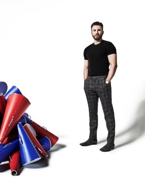 Chris Evans দ্বারা Art Streiber WIRED Magazine (2020)