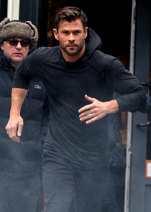 Chris Hemsworth filming a Hugo Boss commercial in New York City (December 6, 2019)