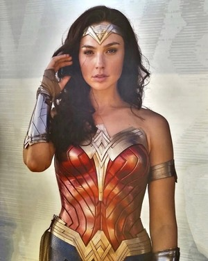 Gal Gadot - Wonder Woman 1984