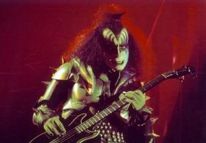 Gene ~Reading, Massachusetts...November 15-21, 1976 (Rock And Roll Over Tour Dress Rehearsals)