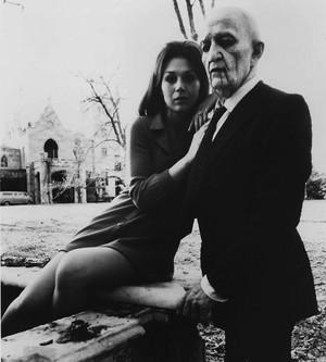 Jonathan Frid with Kathryn Leigh Scott