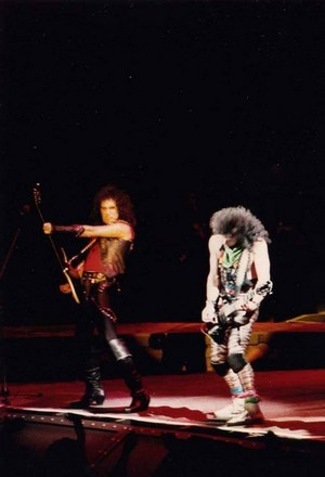 baciare ~Atlanta, Georgia...December 26, 1983 (Lick it Up Tour)