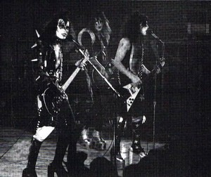 Kiss ~Port Huron, Michigan...November 18, 1975 (McMorran Place)