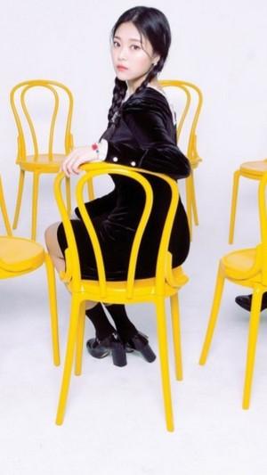 LOOПΔ Premier Greeting – [Meet&Up] Hyunjin