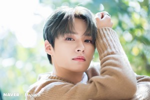 Lee Know - Clé: Levanter Promotion Photoshoot 由 Naver x Dispatch