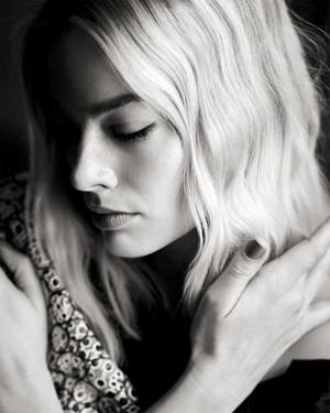 Margot Robbie - Variety Photoshoot - 2020