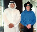 Michael with Arab Sheik 02 - michael-jackson photo