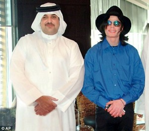 Michael with Arab Sheik 02