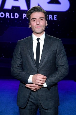 Oscar Isaac - premiere of 星, 星级 Wars: The Rise Of Skywalker - December 16, 2019