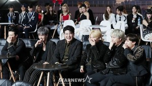 SUPER JUNIOR AAA 2019
